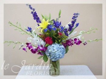 French Vase II Flower Arrangement | Le Jardin Florist