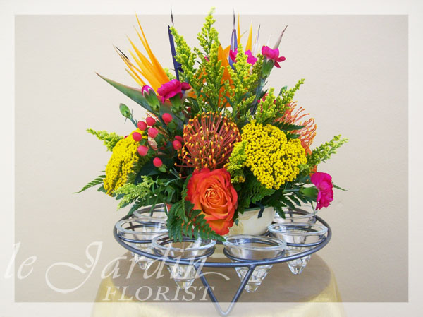 Under the stars flower arrangement le jardin florist for Arrangement jardin