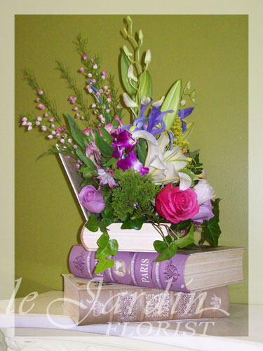 Floral Arrangement Books : Book nostalgia flower arrangement le jardin florist